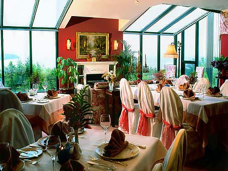 forfait mariage chambre champ tre repas auberge des falaises. Black Bedroom Furniture Sets. Home Design Ideas