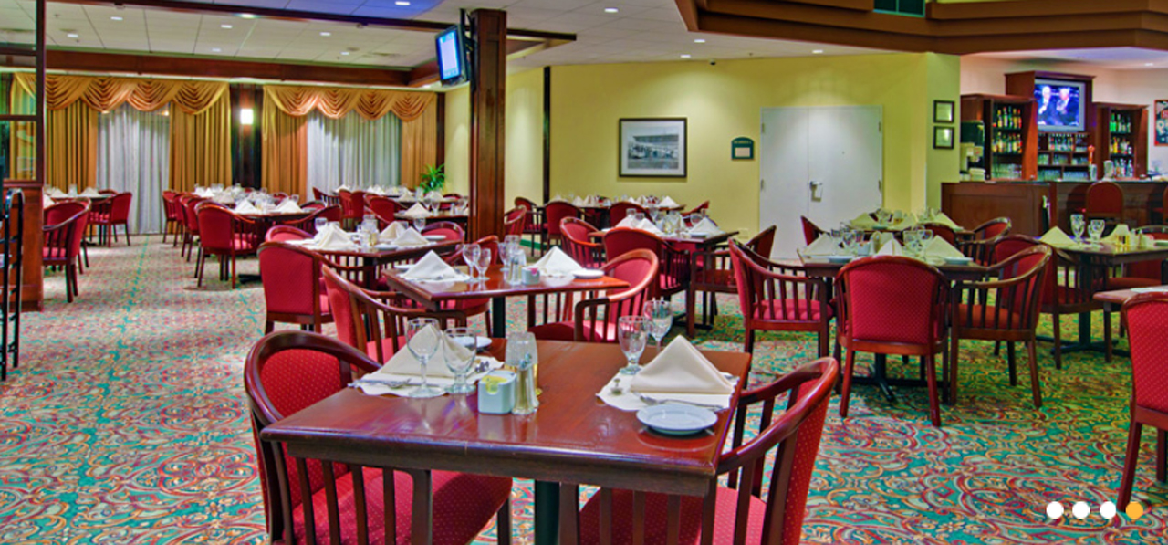 Holiday inn montr al longueuil for Salle a manger a montreal