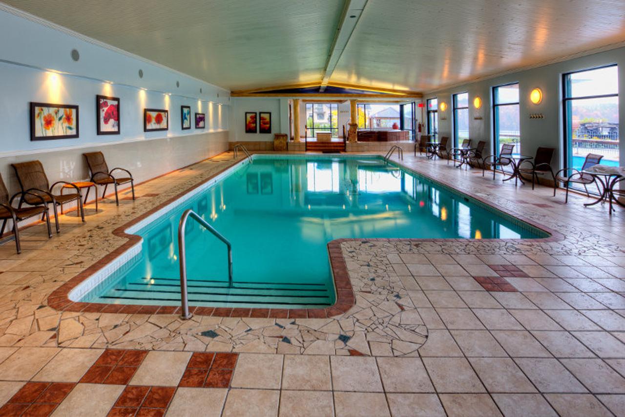 Forfait mariage manoir du lac delage for Forfait piscine